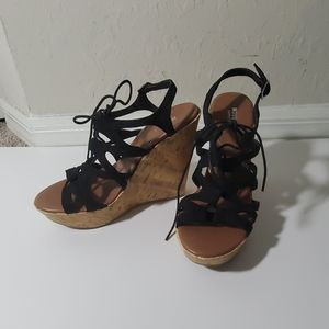 Mossimo wedge shoes